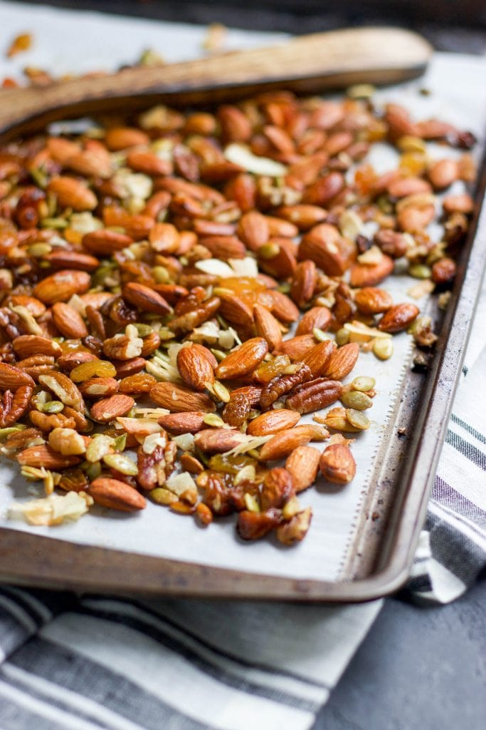 Sweet and Salty Roasted Trail Mix and 16 other refined sugar free snacks recipes. Perfect for school snacks, post work out snacks, or whenever you need an easy snack! Get the recipe round-up on naturallysweetkitchen.com #schoolsnacks #healthysnacks #naturallysweetkitchen #preworkoutsnacks #refinedsugarfree